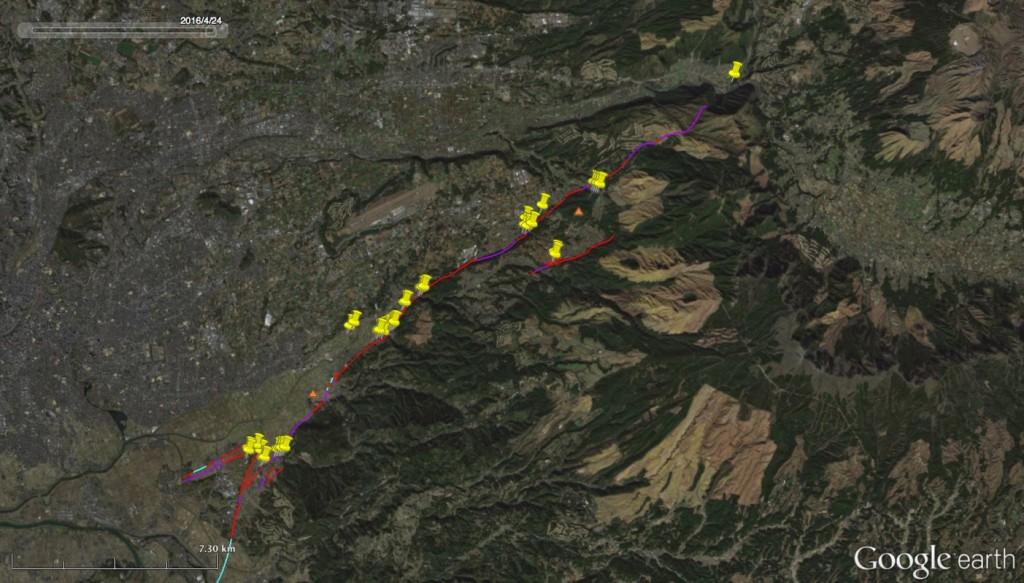 図1 今回の調査地点。背景の衛星画像はGoogle Earthを使用。また、活断層のトレース(赤・紫・水色の線)は中田・今泉編(2002)を使用。