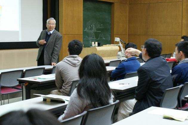 金森博雄先生による特別講義